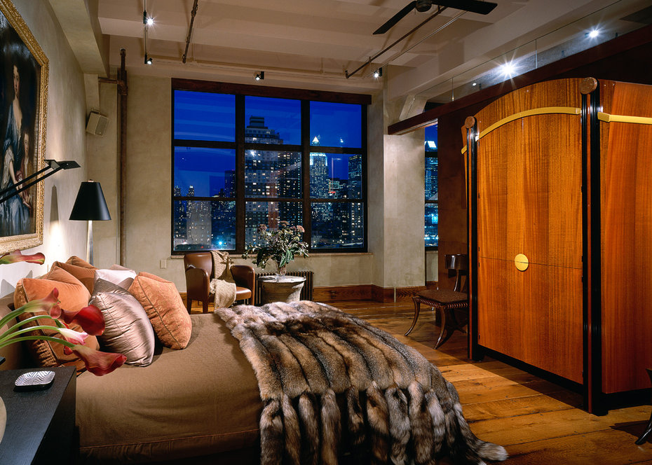 ROBB REPORT, Bedroom
