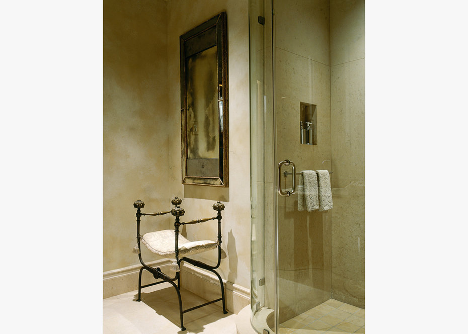 ROBB REPORT, Bathroom